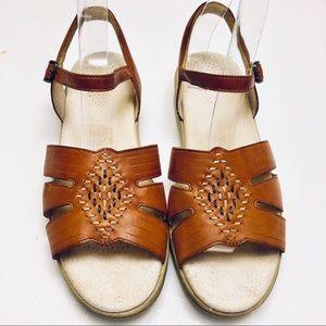 SAS Women's Shoes Sz 8.5 M Tripod Comfort Sandals
